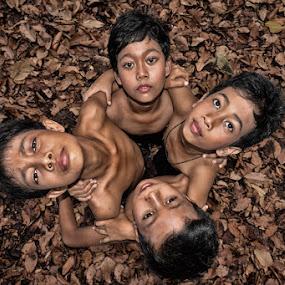 Dolanan by Hendri Suhandi - Babies & Children Children Candids