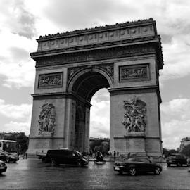 Arc de Triomphe de l'Étoile by Deborah Russenberger - Buildings & Architecture Statues & Monuments