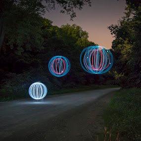 Floating by Stephen  Barker - Abstract Light Painting