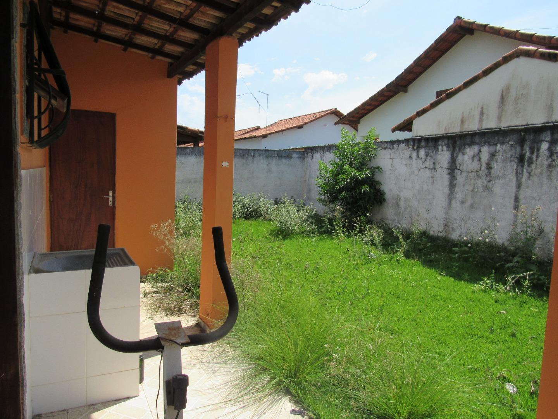 Casa em Xv de Novembro  -  Araruama - RJ
