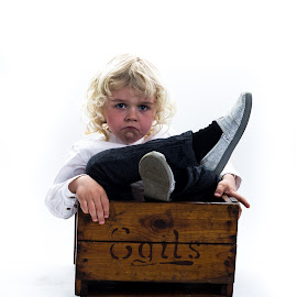 Box of shame by Gunnar Sigurjónsson - Babies & Children Children Candids