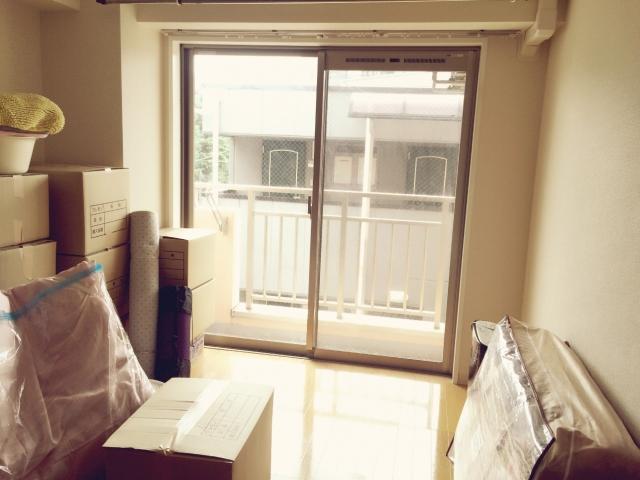 まずは友達・同僚にきいてみよう!新生活必要な家具・電化製品を安く手に入れる方法