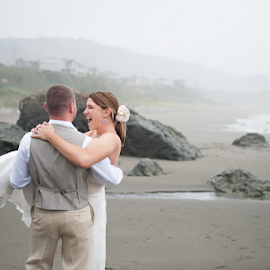 by Melissa Papaj - Wedding Bride & Groom ( wedding photography, oregon wedding, wedding, ocean, beach, wedding photographer, utah wedding photographer, california wedding, destination weddings )