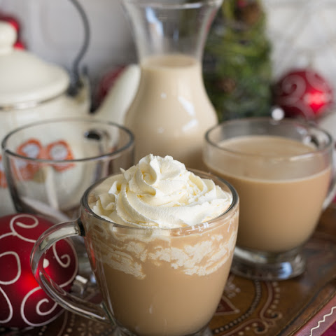 Aprés Ski Boozy Tea (with homemade vanilla maple creamer) for #holidayfoodparty
