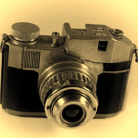 Bencini c1950 by Worowsky Papa - Products & Objects Technology Objects ( camera, 1950, 127 roll )
