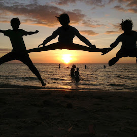High Jump! by Dick Shia - Babies & Children Children Candids ( silhouette, sunset, kids, jump )