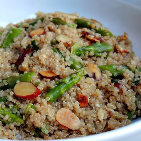 Quinoa Salad with Asparagus & Almonds in Balsamic Vinaigrette