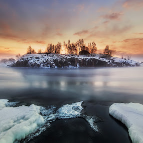 by Richard  Harris - Landscapes Waterscapes ( suomi, helsinki, finland )