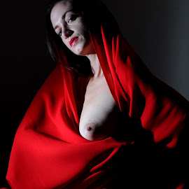 When Sophie Wore Red by DJ Cockburn - Nudes & Boudoir Artistic Nude ( sophie french, red, dark hair, sitting, topless, nude, home shoot, off-camera flash, woman, brunette )