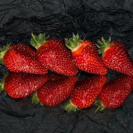 nice strawberry by LADOCKi Elvira - Food & Drink Fruits & Vegetables