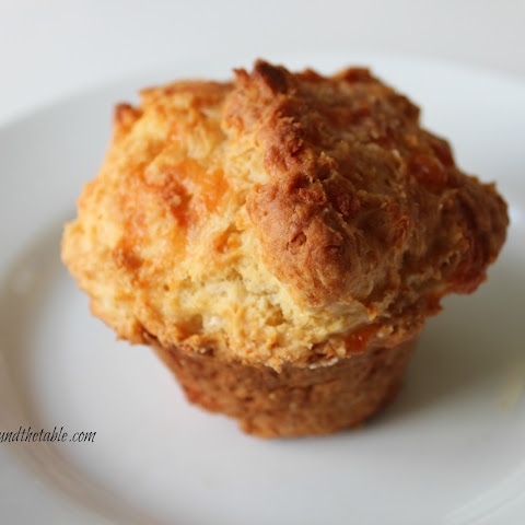 White Cheddar Cheese Muffin Biscuits