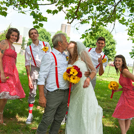 by Colin Anderson - Wedding Groups