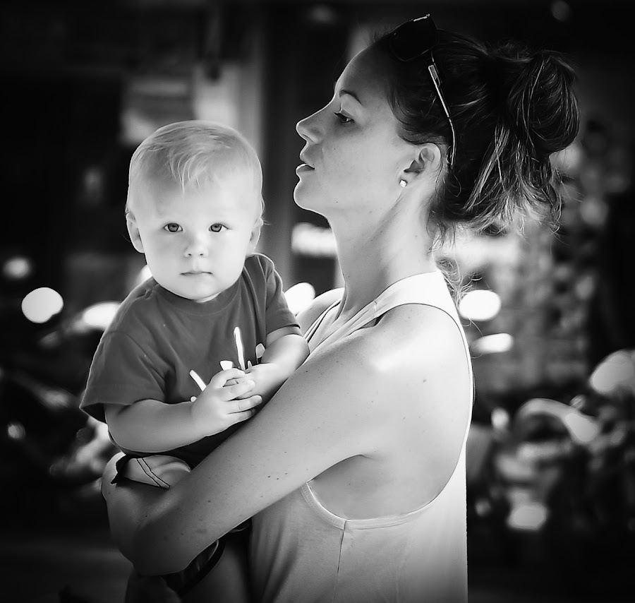 Kid with his mommy by Luki Tamaela - Babies & Children Children Candids