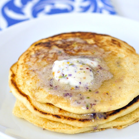 Fluffy Cidermilk Pancakes