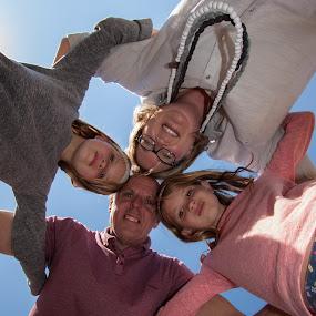 Hudle by Morne Kotze - People Family