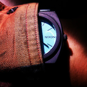 Sweet long-sleeve shirt hiding my watch #Nixon #blue #glow #in #the #dark #black #tan by Blake Coln - Instagram & Mobile Instagram