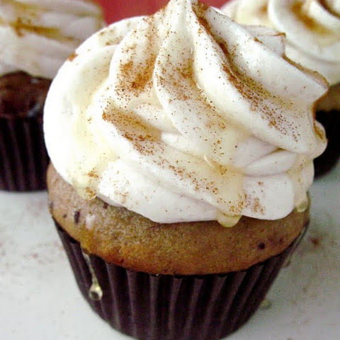 Date Cupcakes with Maple Cinnamon Buttercream