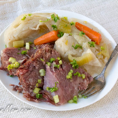 Instant Pot Low Carb Corned Beef and Cabbage