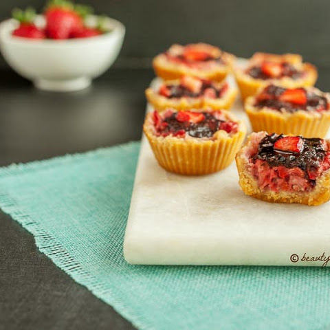Chocolate Strawberry Tarts Paleo