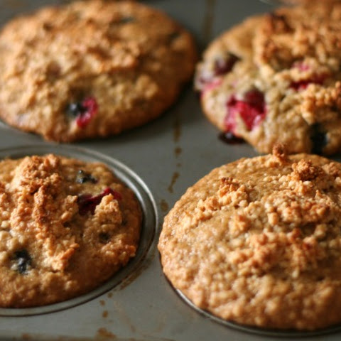 Blueberry Cranberry Oat Muffins with Maple Cashew Crunch Topping (Gluten-Free & Dairy-Free)