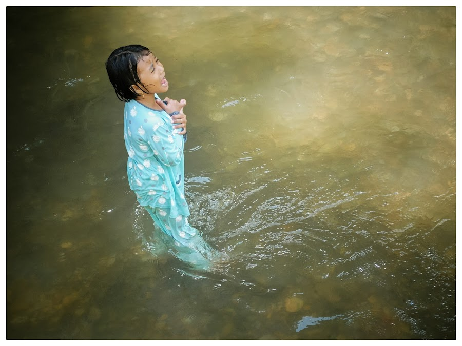 Little Girl on River by Muhammad Mutho'i - Babies & Children Children Candids