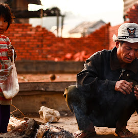 Laotian Father & Daughter by William Allinson - People Family ( laos, breakfast, family, daughter, sunrise, morning, father,  )