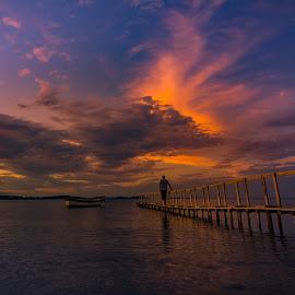 KALABAK AKŞAMI 2 by Enver Karanfil - Landscapes Sunsets & Sunrises ( clouds, sunset, boats, sea, kalabak, sun )