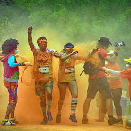 The Color Fun ! by Marco Bertamé - Sports & Fitness Other Sports ( orange, color run, 77, colorful, 2016, powder, number, fun, luxembourg, 76 )
