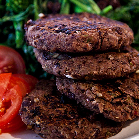 Blackbean burgers with Broccoli Rabe