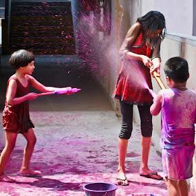 Playing colors by Sagar Lahiri - Babies & Children Children Candids ( sopnomakha_photo, color, nikond60, sagarlahiri, children, pwccandidcelebrations,  )
