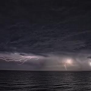Gerringong Lightning2.jpg