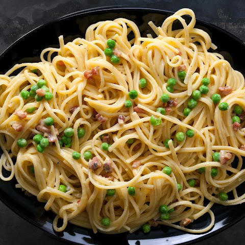 Pasta Carbonara with Peas