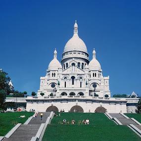 Montmartre, Bazilika Sacré-Coeur Pariz by Bozica Trnka - Buildings & Architecture Public & Historical