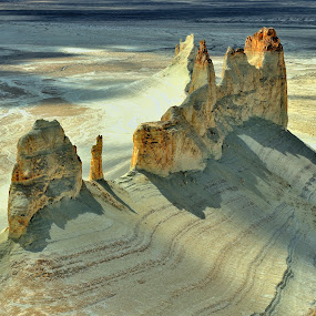 Ustyurt Plateau by Tomasz Budziak - Landscapes Mountains & Hills ( mountains, asia, landscapes,  )