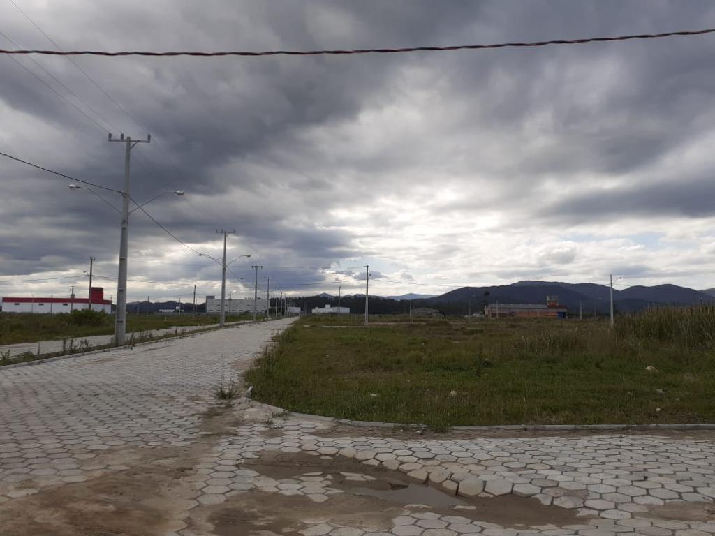 Terreno à venda, 600 m² por R$ 150.000 - Praça - Tijucas/SC