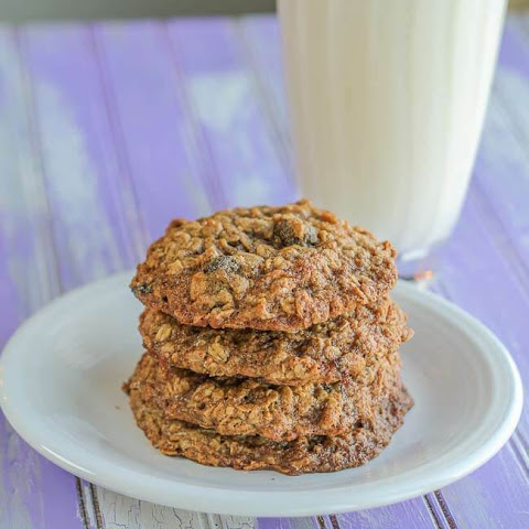 Brown Sugar Maple Oatmeal Cookies with Dried Cherries