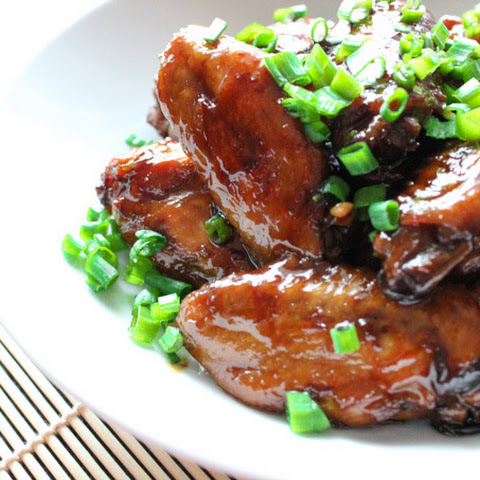 Crystal Sugar Braised Chicken Wings