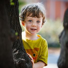 Bright Eyes by DaneC Photo - Babies & Children Children Candids ( blonde, joy, happy, kids, young, portrait, eyes )