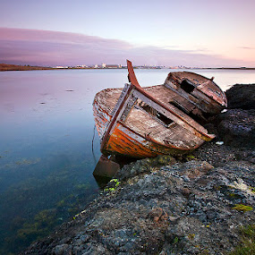The old ship by Páll Jökull Pétursson - Landscapes Waterscapes ( cokin, iceland, ship, sunset, sea, boat, coast )