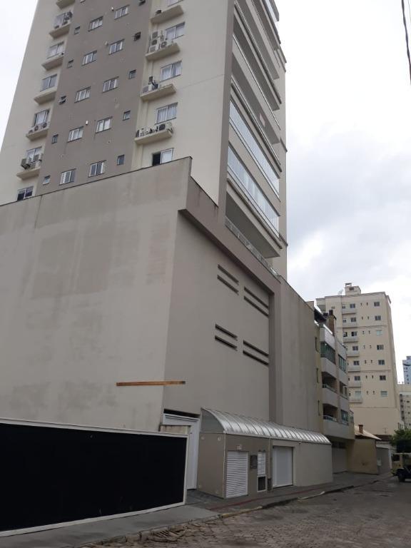 Apartamento com 3 dormitórios à venda, 122 m² por R$ 780.000,00 - Meia Praia - Itapema/SC
