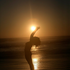 Yoga,  Sun and sea by Cristobal Garciaferro Rubio - Sports & Fitness Other Sports ( shore, sunset, sea, yoga, sun )