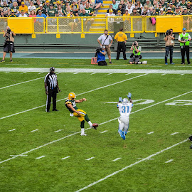 almost blocked the punt by Jason Lockhart - Sports & Fitness American and Canadian football ( football, punt, lambeau field, detroit lions, green bay packers )