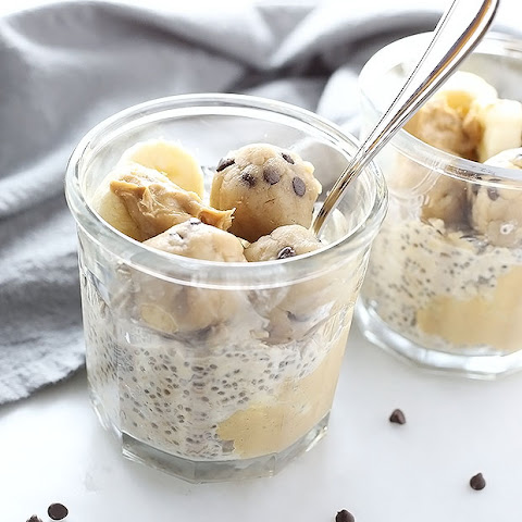 Cookie Dough Peanut Butter Overnight Oats