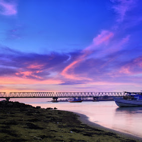 Barombong bridge by Ali Yunianto - Landscapes Waterscapes