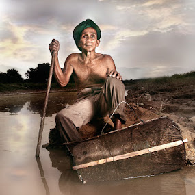 Fisherman by Mohd Helmie Wahab - People Portraits of Men ( senior citizen )