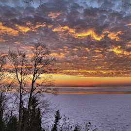 Goderich Sunset 6 by Terry Saxby - Landscapes Sunsets & Sunrises ( water, canada, terry, huron, sunset, goderich, ontario, lake, saxby, nancy )