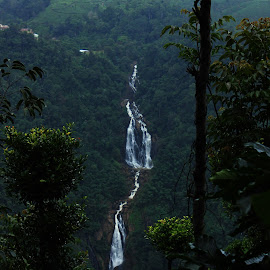by Chandan Chandu - Nature Up Close Water