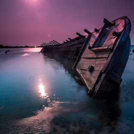 by ArRy Fridiansyah - Transportation Boats ( slowspeed, gnd, karangbolong, anyer, landscape, longexposure, kapalkaram )