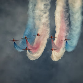Reds 7 by Kelly Murdoch - Transportation Airplanes ( flight, red arrows, sky, display, ztam )