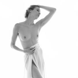 by Allan De Yeap  - Nudes & Boudoir Artistic Nude